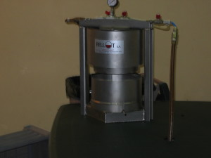 Small pneumatic press at Perrot-Minot